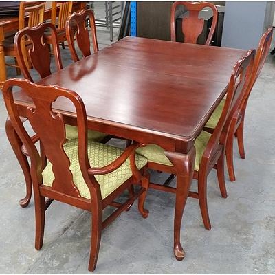 Drexel Heritage Furniture Thirteen Piece Dining Setting