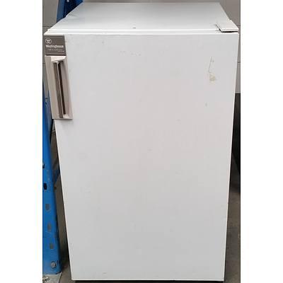 Westinghouse Silhouette II 140 Litre Refrigerator