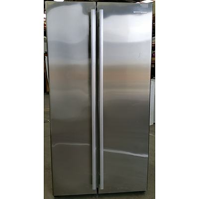 Westinghouse 620 Litre Stainless Steel Side by Side Fridge/Freezer