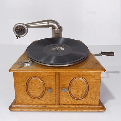 "Rare The Clumber Milton Oak Cased ""Boater"" Gramophone Circa 1910"