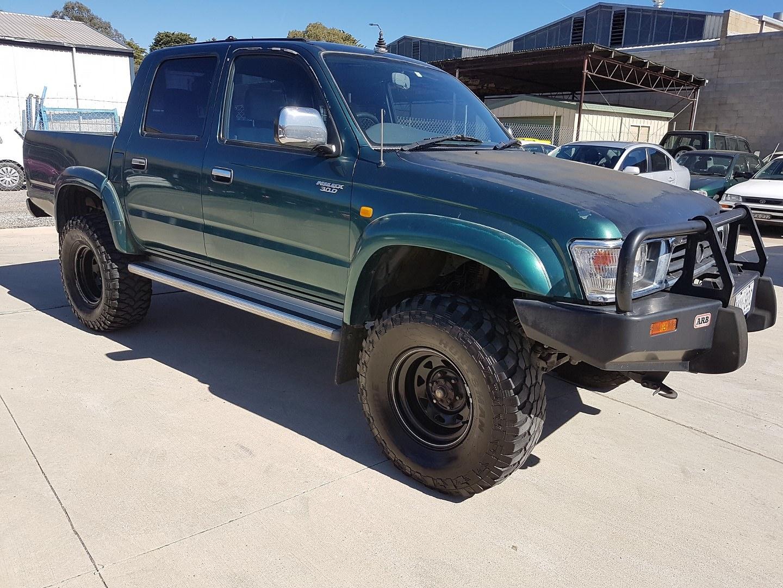 1 1998 Toyota Hilux 4x4 Ln167r Lot 1039113 Allbids