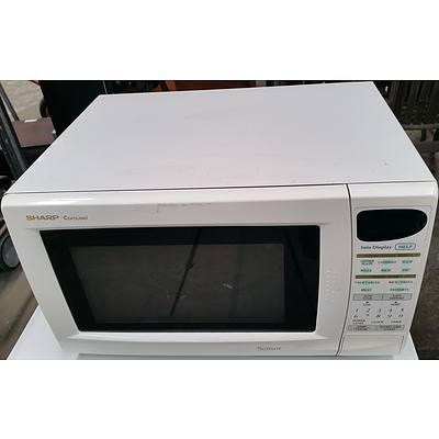 Sharp Carousel Sensor 1100 Watt Microwave Oven