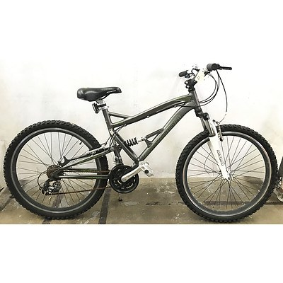 Schwinn S-25 21 Speed Mountain Bike