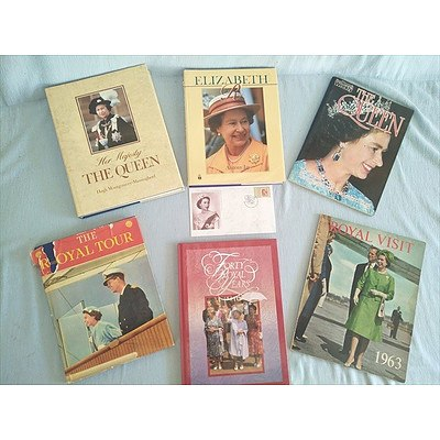 Royal Family Books: The Queen (Qty:6 Plus First Day Cover)