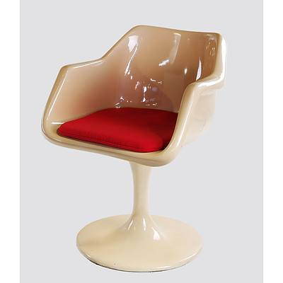 Fibreglass Tulip Chair in the Style of Robin Day, Possibly Sebel