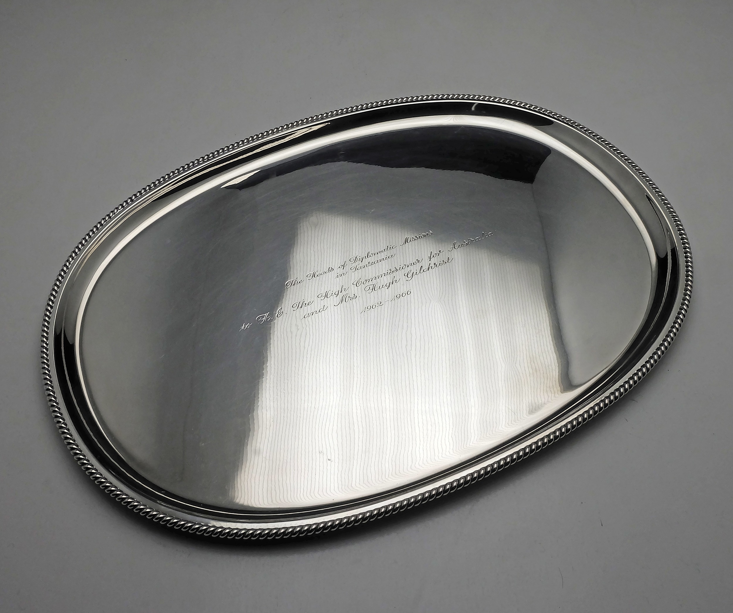 'Wilkins Sterling Silver Tray with Inscription From the Heads of Diplomatic  Missions in Tanzania 1966 1068g'