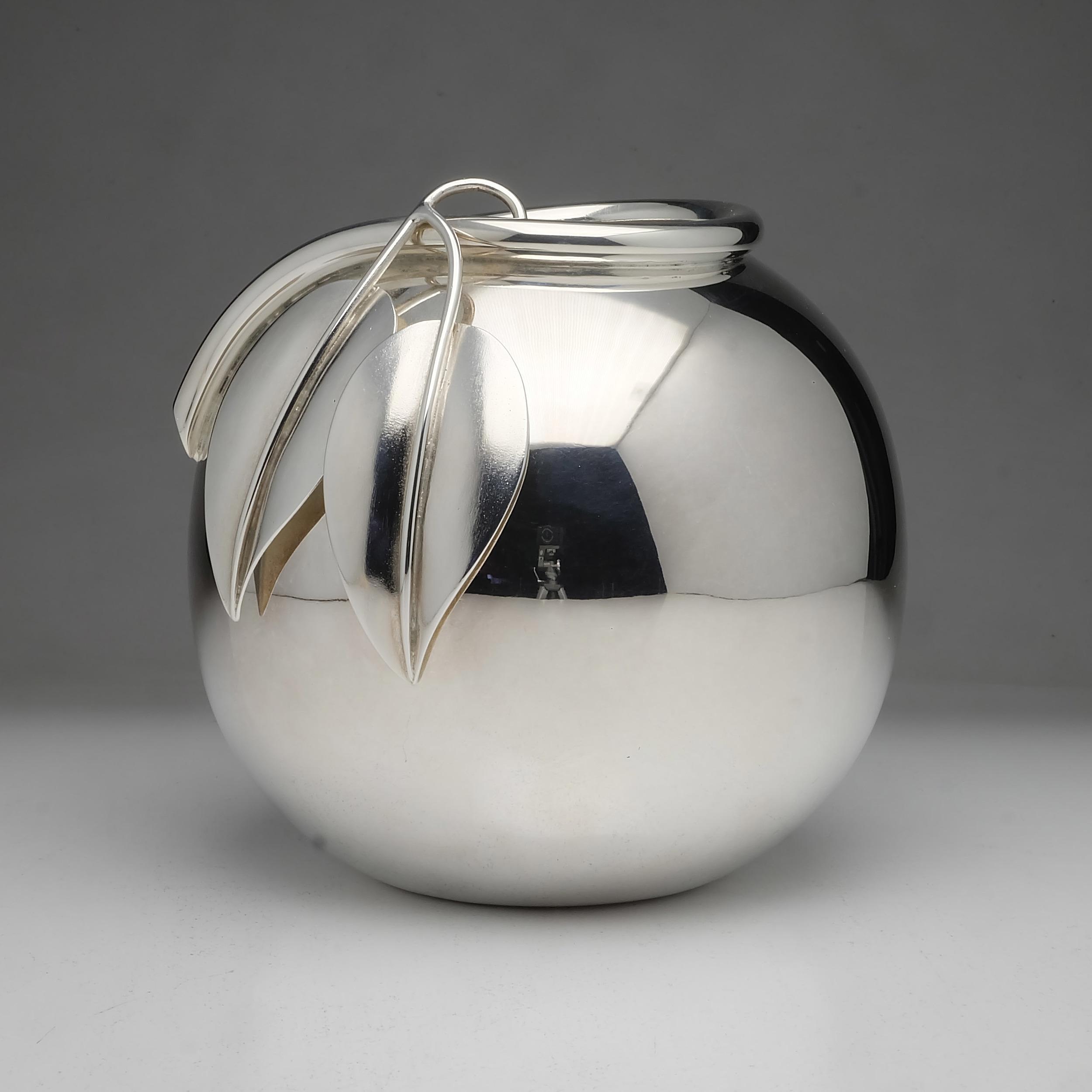 'European 800 Silver Modernist Vase 626g'