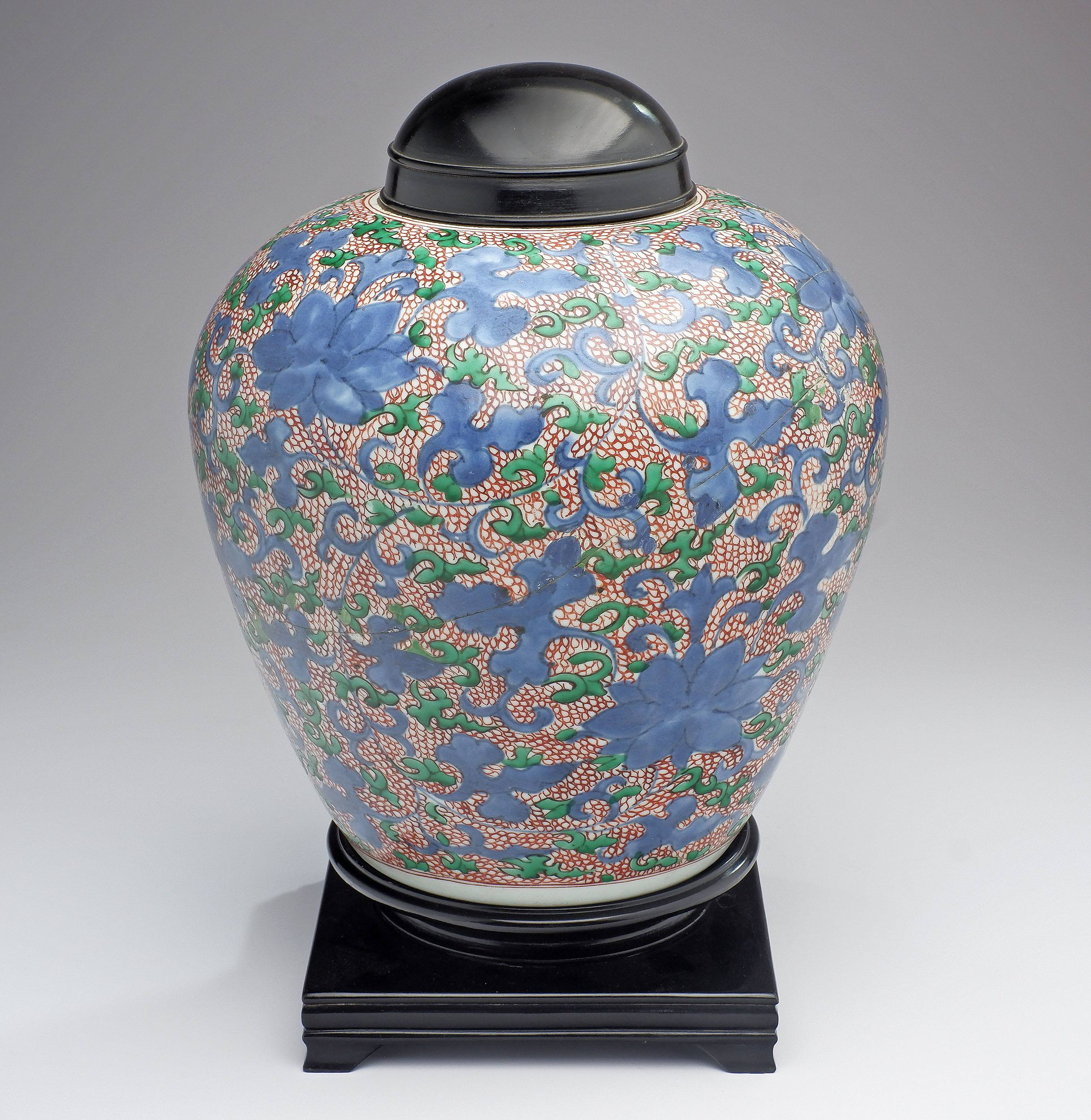 'Chinese Late Ming Wucai Large Jar Decorated with Lotus in Underglaze Blue, Late 16th/17th Century'
