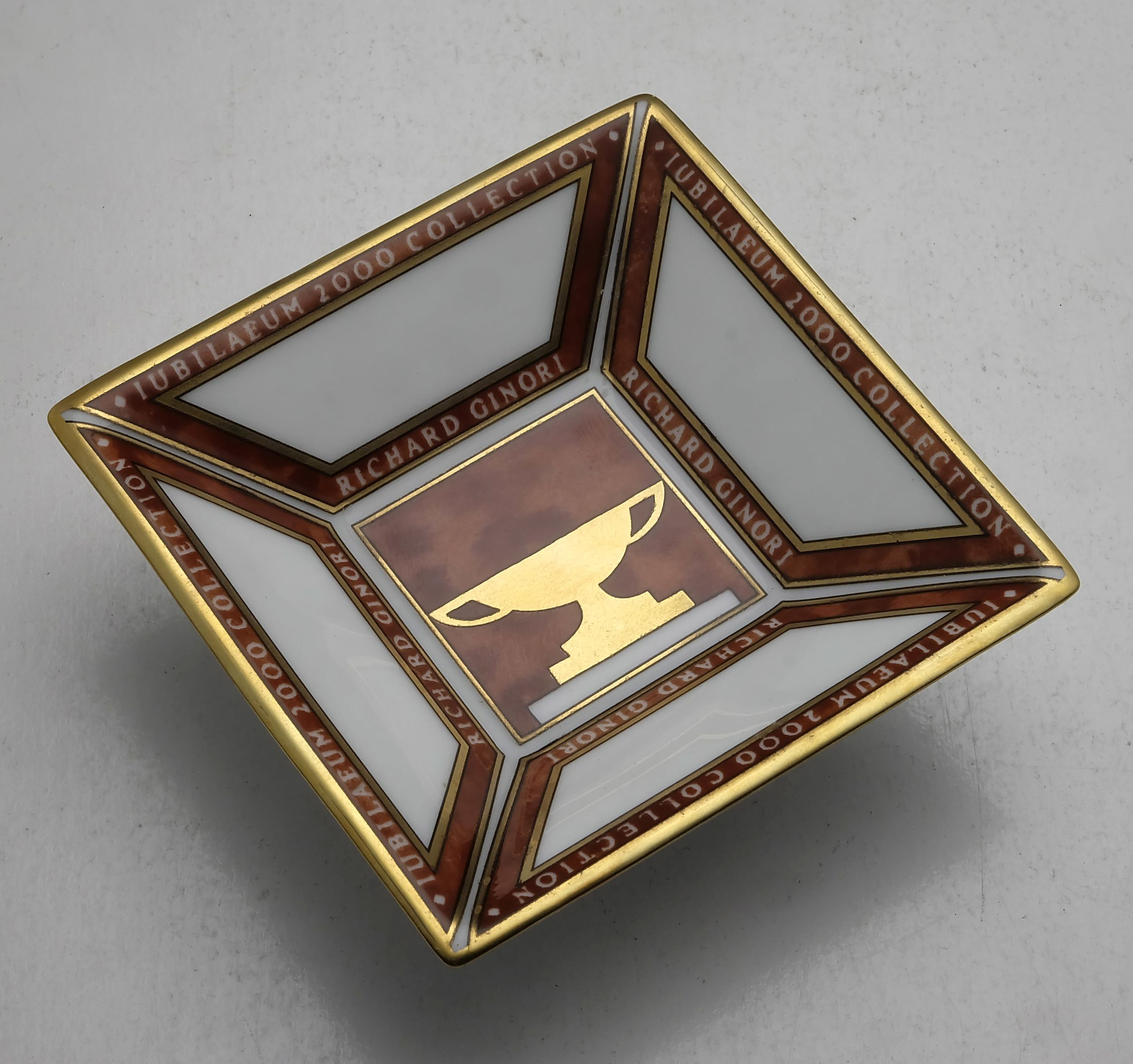 'Boxed Richard Ginori Porcelain Dish'
