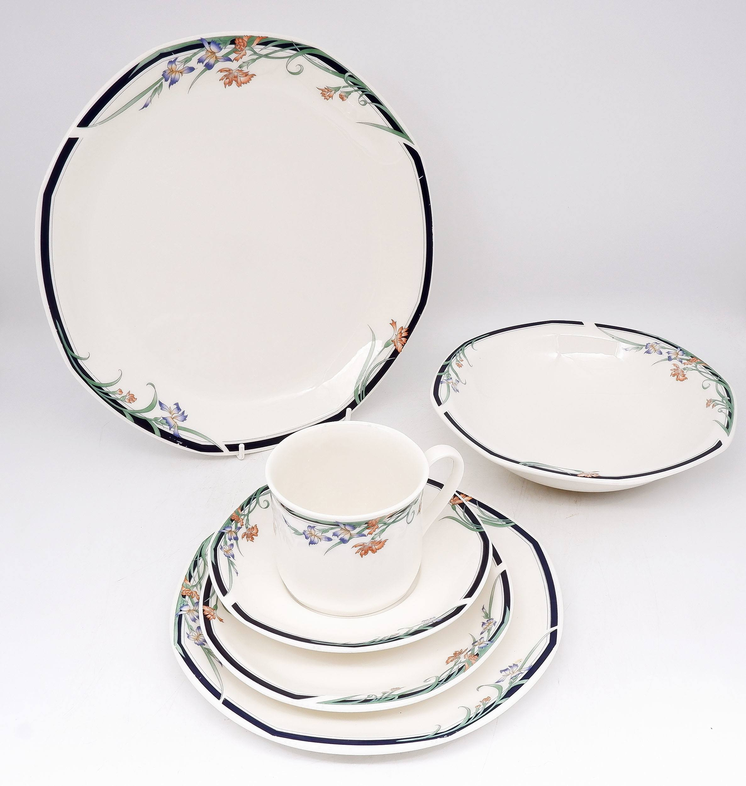 'Royal Doulton Juno Dining Set for Four'