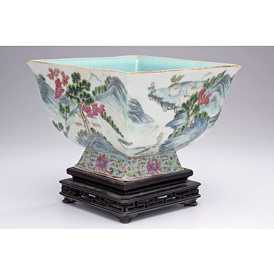 Chinese Famille Rose Square Bowl with Turquoise Interior, Unmarked, Late 19th Century