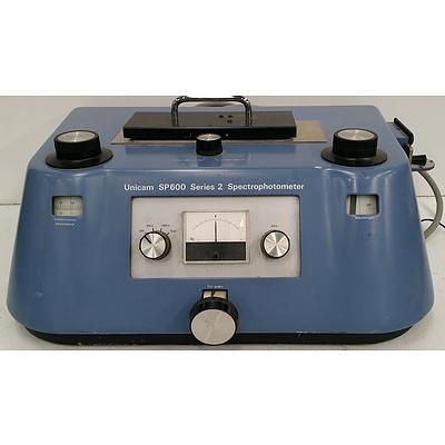 Pye Unicam SP 600 Series 2 Spectrophotometer