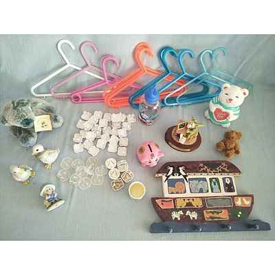 Assorted baby decor items