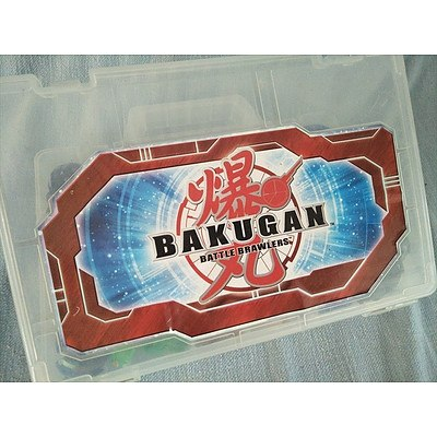 Bakugan Battle Brawlers x 20 with storage case
