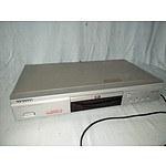Samsung DVD/VCD/CD/MP3 player (DVD-5124)