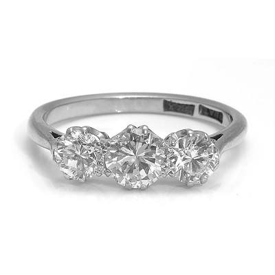 18ct White Gold & Platinum One carat (TDW) Ring