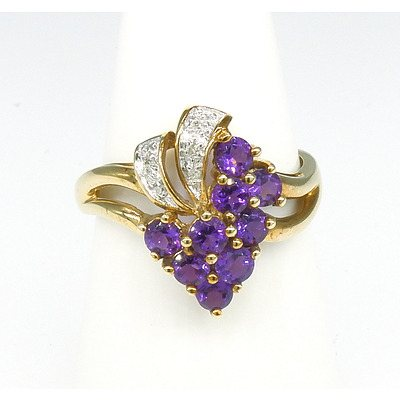 9ct Yellow Gold Ring with Amethyst and Small Single Cut Diamond in Floral Design