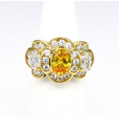 14ct Yellow Gold Ring with Imitation Yellow and White Gems