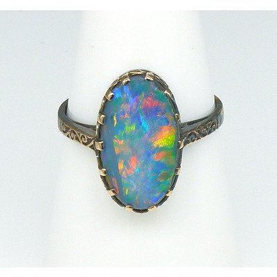 Antique 9ct Yellow Gold with Oval Cabochon of Opal Doublet