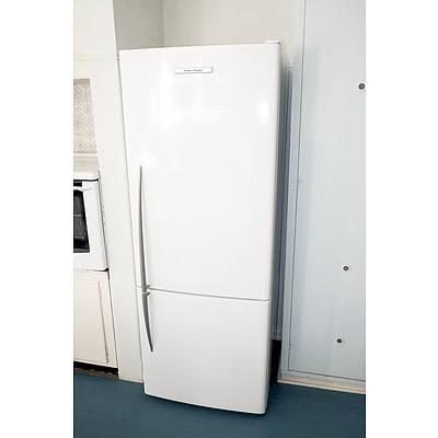 Fisher and Paykel E402B 403L Fridge Freezer