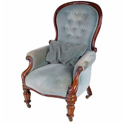 Early Victorian Mahogany Spoon Back Salon Chair with Reeded Feet Circa 1850