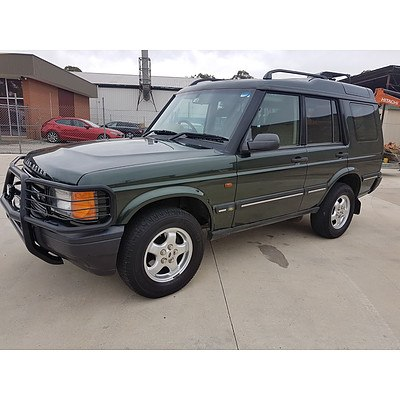 9/2000 Land Rover Discovery Td5 (4x4)  4d Wagon Green 2.5L