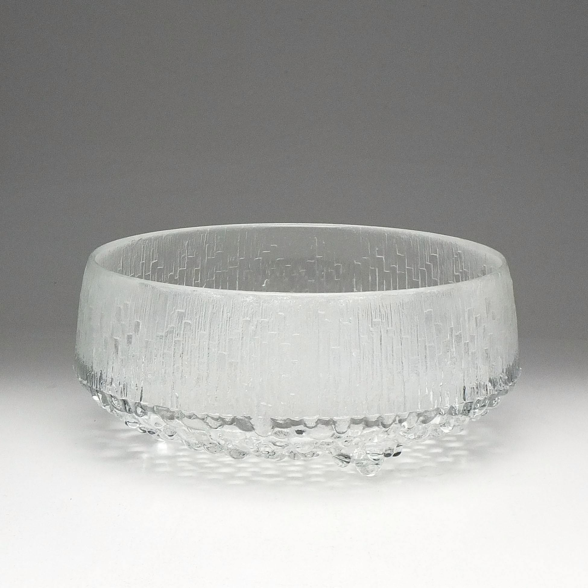 'Iittala Ultima Thule  Large Glass Fruit Bowl Designed by Tapio Wirkkala'