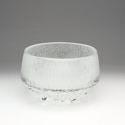 Iittala Finland 'Ultima Thule' Glass Bowl Designed by Tapio Wirkkala