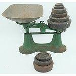 Vintage Set of Metters Scales