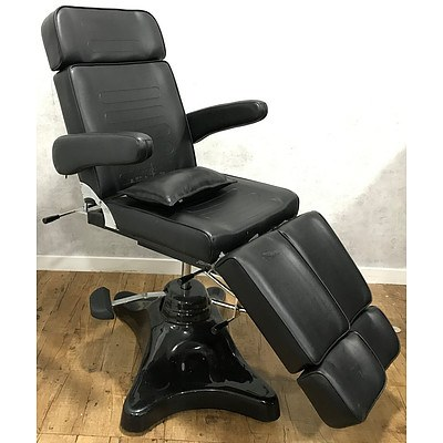 Black Vinyl Fully Adjustable Chair