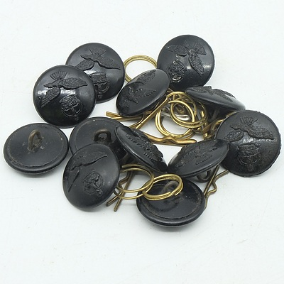 Collection of WWII RAAF/RAF Bakelite Tunic Buttons