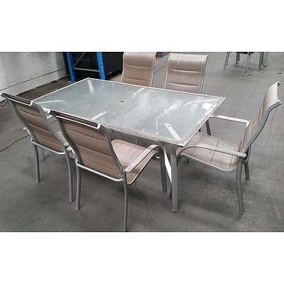 Six Piece Outdoor Dining Setting