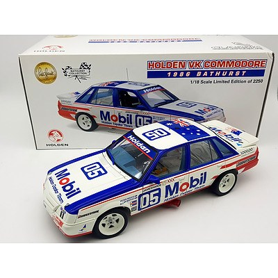 Classic Carlectables 1986 Holden VK Commodore Peter Brock Limited Edition 1788/2250 1:18 Scale Model Car