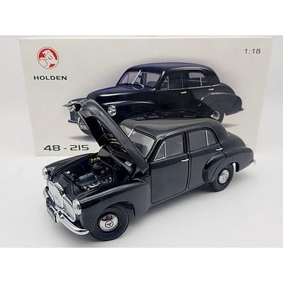 AUTOart Holden 48-215 1:18 Scale Model Car