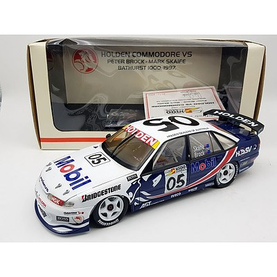 Biante 1997 Holden Commodore VS Peter Brock Limited Edition 4572/6000 1:18 Scale Model Car