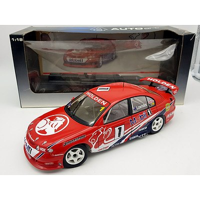 AUTOart Holden Commodore Craig Lowndes 1:18 Scale Model Car