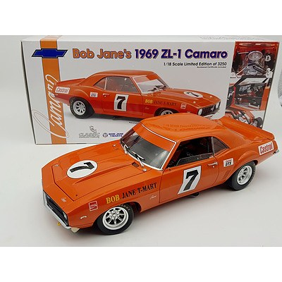 Classic Carlectables 1969 Camaro ZL-1 Bob Jane 1:18 Scale Model Car