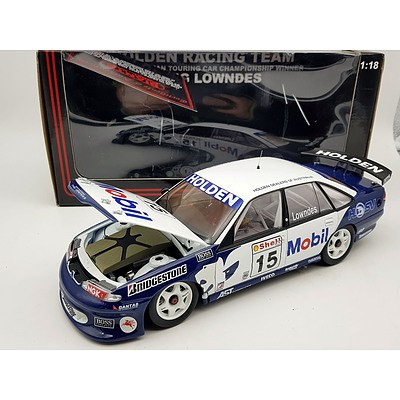Biante 1996 Holden VR Commodore 1:18 Scale Model Car