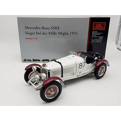 CMC 1931 Mercedes-Benz SSKL Siger bei der Millie Miglia 1:18 Scale Model Car