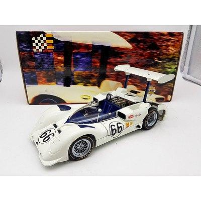 Racing Legends Chaparral 2E 1:18 Scale Model