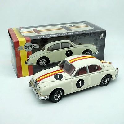 Model Icons 1962 Jaguar MK2 3.8 Bob Jane Edition 1:18 Scale Model Car