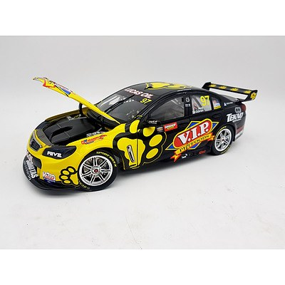 Biante 2004 Holden Commodore VF 1:18 Scale Model Car