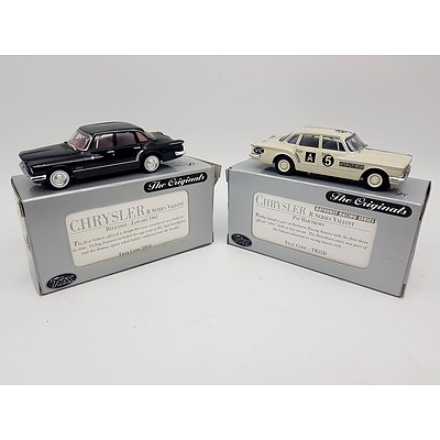 """TRAX """"The Originals"""" 1962 Chrysler R Series Valiant's 1:43 Scale - Lot of 2"""