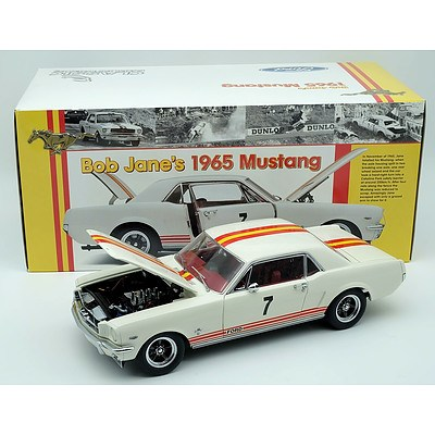 Classic Carlectables 1965 Bob Jane Mustang 1:18 Scale Model Car