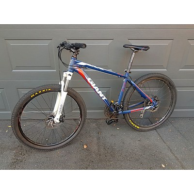 WITHDRAWN BY VENDOR Giant ATX 275 24 Speed Mountain Bike