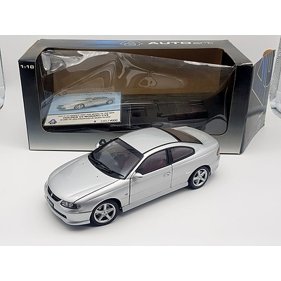 Auto Art Holden CV8 Monaro Limited Edition 1385/4000 1:18 Scale Model Car