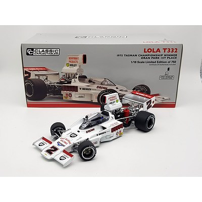 Classic Carlectables 1975 Lola T332 Limited Edition 128/750 1:18 Scale Model Car