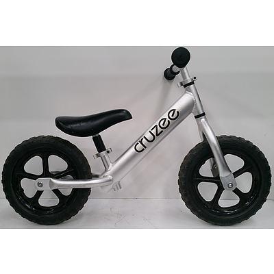 Kids Cruzee Balance Bike & Spares