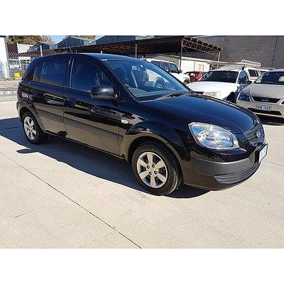 2/2009 Kia Rio LX JB 5d Hatchback Black 1.4L