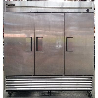 True Refrigeration 2000 Litre Mobile Three Door Commercial Refrigerator